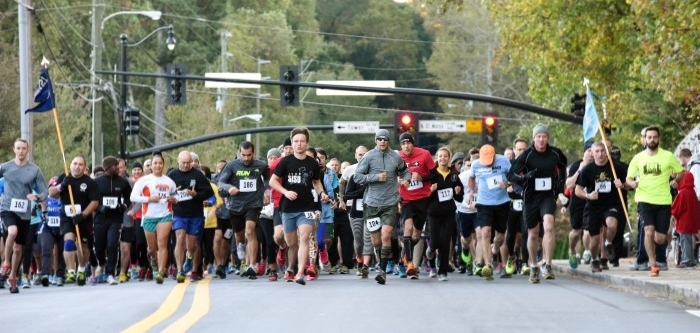 The race begins as Soldiers, veterans, civilians, and families run towards the top of Kennesaw Mountain. Georgia State Defense Force Photo by Pvt. Alexander Davidson / Released